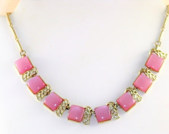 Vintage Pink Moonglow Lucite Choker Necklace (N-2-1)