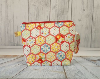 Vintage Hexie quilt Large Clutch Project Bag, Cross Stitch Project Bag, Wedge Zipper Bag for Knitting and Crochet. Padded Bag. Zipper bag