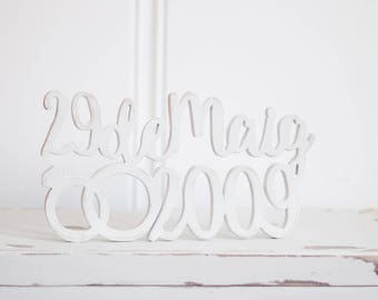 Model date bridal wooden sign