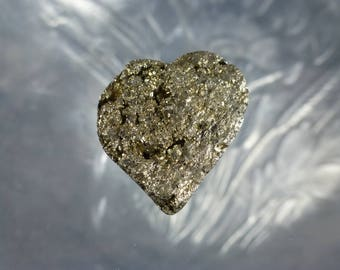 Pyrite Heart Cabochon Natural Pyrite Cabochon Heart shaped Cabs Stones for Jewelry Golden Cabochon Heart Stones Hand cut Gemstone C-2213