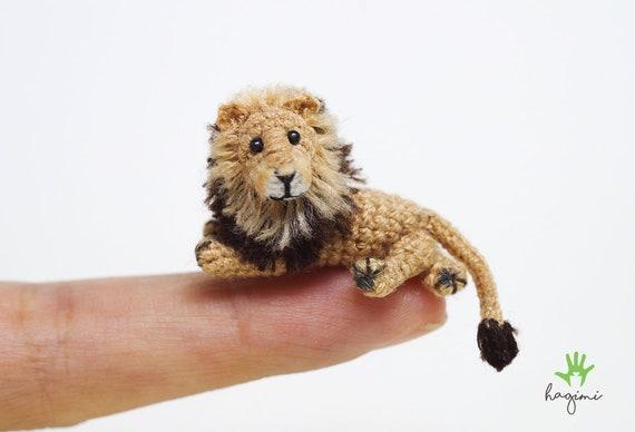 Little Amigurumi Lion : Miniature lion tiny lion crochet amigurumi animal