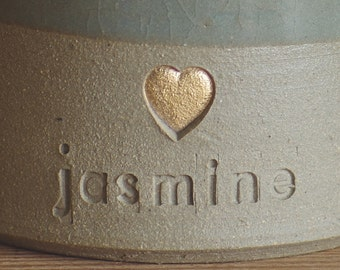 ADD ON real gold glaze accent. Add real gold /white gold glaze to infilled into a stamp. Urn needs to be purchased also.