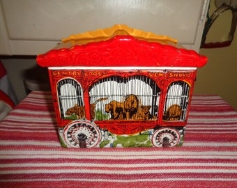 Enesco Circus Parade Lion cage Cookie Jar Signed 1980  Ship Con USA