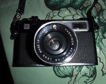 Yashica Camera 35mm MG-1 Model  with 45MM Lens 1975