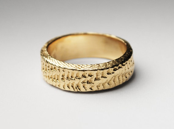 Solid 10 K Gold Thick Snakeskin Cuttlefish Cast Ring