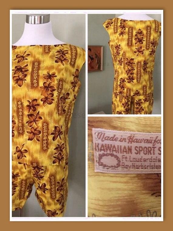 1950s Hawaiian Sports Shop Golden Plumeria Two Piece High Waist Shorts & Pullover Top Outfit-XS