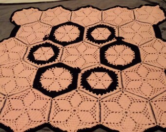Flower Petal Hexagon Baby Blanket with 3 Bows