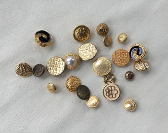 Vintage Buttons Lot - Gold- Button Bib Necklace Lot - 029