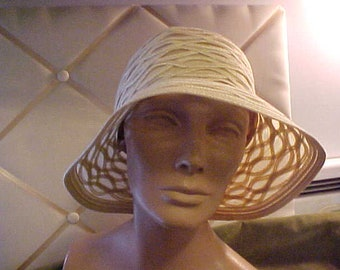 Vintage beige straw hat with sheer pcs, Made in Italy, from Nordstrom   #3335