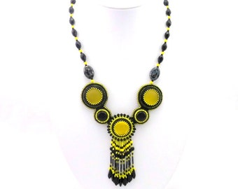 Necklace model Penpey, Bohemian, yellow and black, fringed, daggers and onyx
