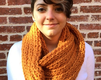 The Chunky Loop Scarf in Butterscotch