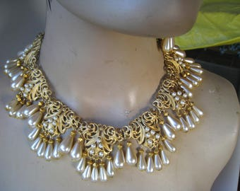 Vintage filigree & pearl necklace matching earrings