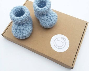 Blue baby booties, Crochet baby shoes, New baby gift, Baby boy booties, Baby shower gift, Photo prop, Babies first shoes, Gender reveal
