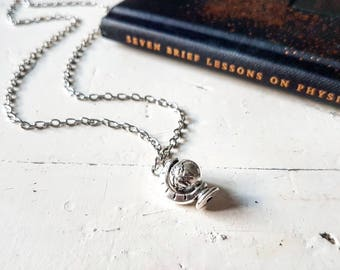 Silver Globe Necklace // Globe Jewelry // World Map Necklace // Map Jewelry // Travel Jewelry // Travel Gift // Wanderlust Jewelry