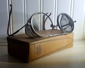 Vintage Willson Industrial Safety Goggles with Box Steampunk