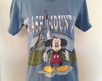 Vintage Disney Mickey Mouse Splash Mountain Tshirt