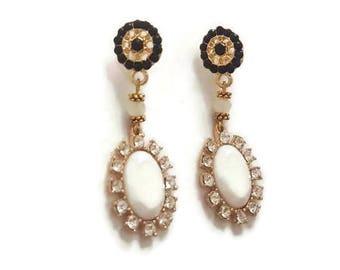 Vintage Dangle Earrings - Black And White Earrings - Black And White Dangle Earrings - White Dangle Earrings - Vintage Earrings