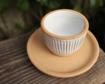 Fluted Cappuccino Cup and Saucer Set in Classic White and Raw Cinnamon Clay, Handmade Pottery, Coffee Cup, Handleless Cup, Rustic Cup