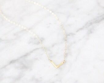 Small V Necklace - 1042