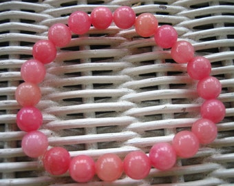 166 pink 8mm frosted glass beaded bracelet