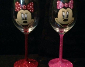 Set of 2 minnie mouse hand painted wine glasses