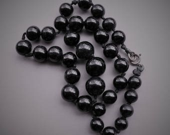 Victorian Graduated Polished Round Whitby Jet Mourning Necklace