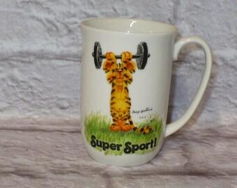 "Vintage SUZY'S ZOO Super Sport! Tiger Coffee Cup Tea Mug Suzy Spafford Mug Enesco 4"" tall"