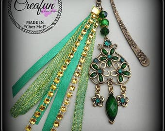 Green baroque style bookmark