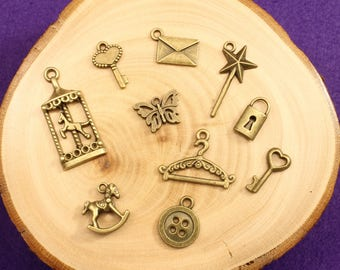 Quirky bronze charms / charms for bracelets