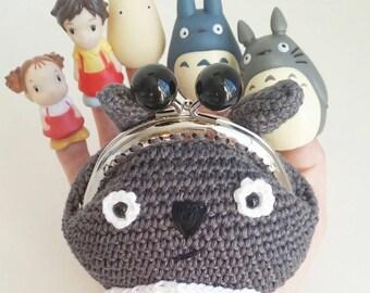 Adorable Porte monnaie kawaii mon voisin Totoro Fait main en France au crochet 100% coton Amigurumi Studio Ghibli Japon Isei Miyake A offrir