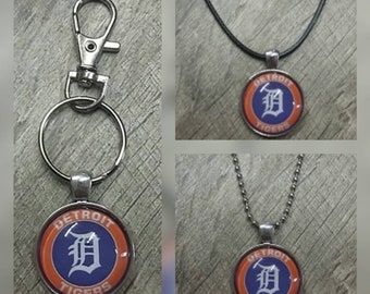 Detroit Tigers key chain or necklace