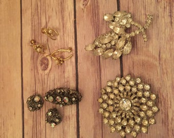 Vintage Costume Jewelry, Multiple Pieces