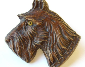 Vintage Syroco Scottish Terrier Dog Brooch Scottie Pin Molded Wood 1930s, Gift for Dog Lovers