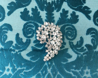 Art Deco Brooch.Rhinestone Brooch.Art Deco Pin.Silver Brooch.Paisley Brooch.Crystal Brooch.Pin.Vintage Style.Rhinestone Broach.Bridal brooch