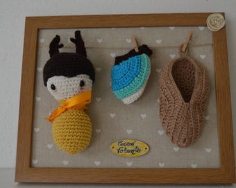 Nice little picture for children's bedroom, Small image for Badroom, kite Amigurumi with mobile wings.