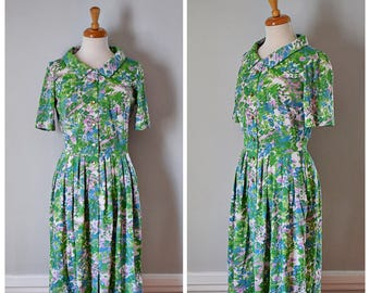 Vintage 60s Dress / Shirtwaist Dress / Jersey Day Dress / Shelton Stroller / Size Small