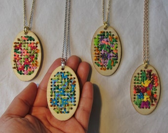 Embroidered Wooden Frame Necklace