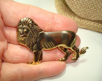 1980s Golden King Of the Jungle Lion Pin.