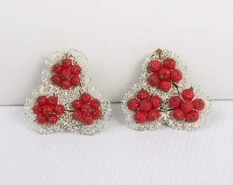 1930's Dress Clips, Three Groups of Tiny Red Berries on Three White Enamel Doily like mounts. Very Quirky! Excellent Vintage Condition.