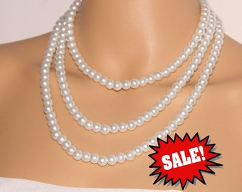 Three strand pearl necklace,triple pearl necklace bridal,floating pearl necklace,statement necklace,wedding pearl bridesmaidnecklace,