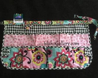 Craft Apron Gift for Her Pinny Working Girls Half Apron Egg Gathering Apron Barista Black White Pink Multi-pockets Idaho Gallery