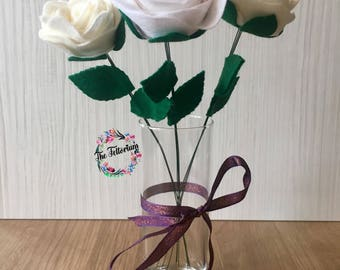 Trio of handmade felt single stem roses, gifts for her, faux flower arrangement, flowers for her, floral decor, everlasting flower bouquet
