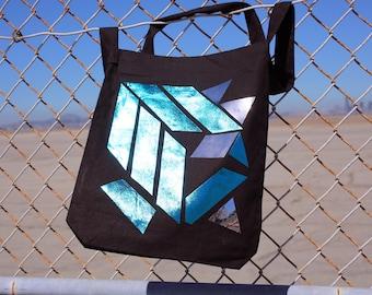 FKM4co tote bags