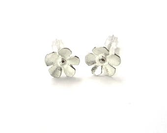 Sterling silver small flowers Sakura earrings