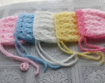 Slanting squares baby bonnet