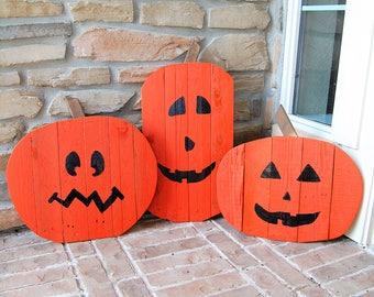 Single Halloween Jack-o-lantern Home Yard Decorations made from reclaimed wood -fall decor, Jackolanterns, home decor, lawn decor