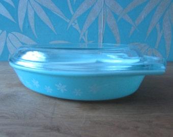 1960s JAJ Pyrex turquoise Snowflake spacesaver divided serving dish
