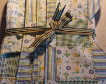 Reversible Receiving Blanket and Burping Pads Gift Set