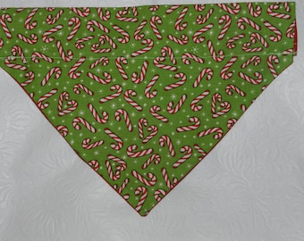 Dog Cat Ferret-Reversible 2 in 1 Over the Collar Candy Cane CHRISTMAS Holiday Bandana. Custom made just for your pet.