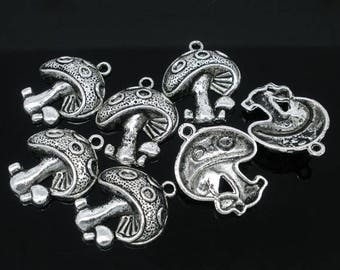 4 charms large mushroom metal antique silver plated